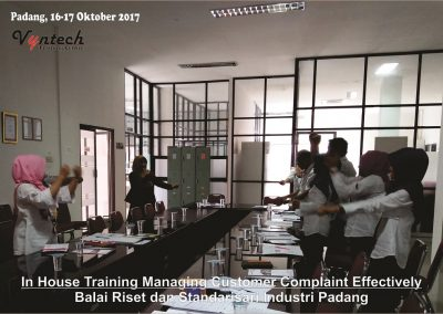20171016 Managing Customer Complaint Effectively - Balai Riset dan Standarisari Industri Padang 4